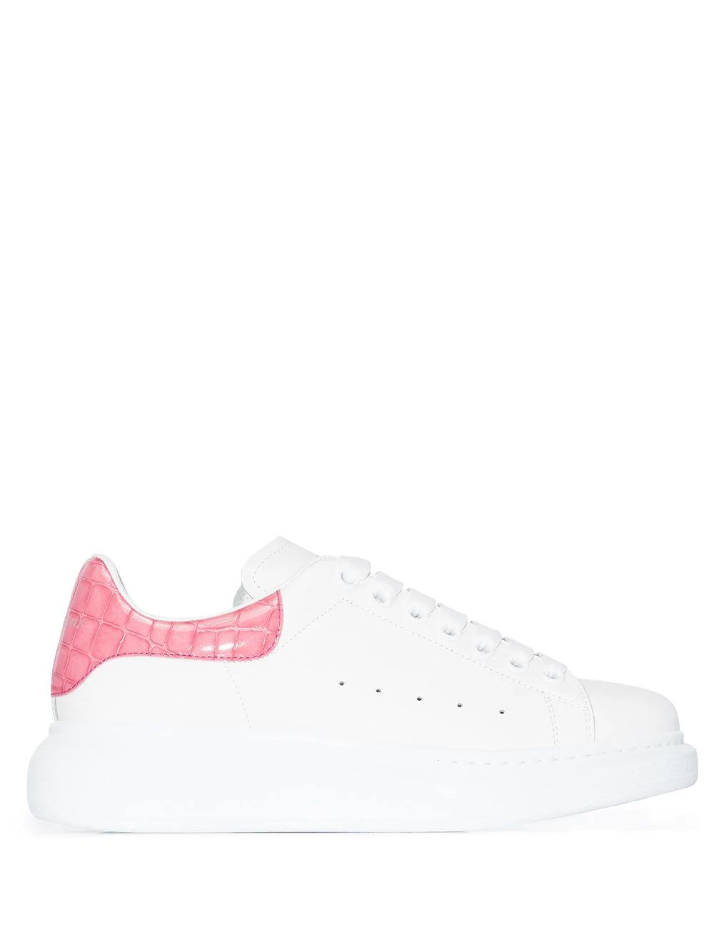 Chunky Low-Top Sneaker in Weiß mit Croco-Effekt